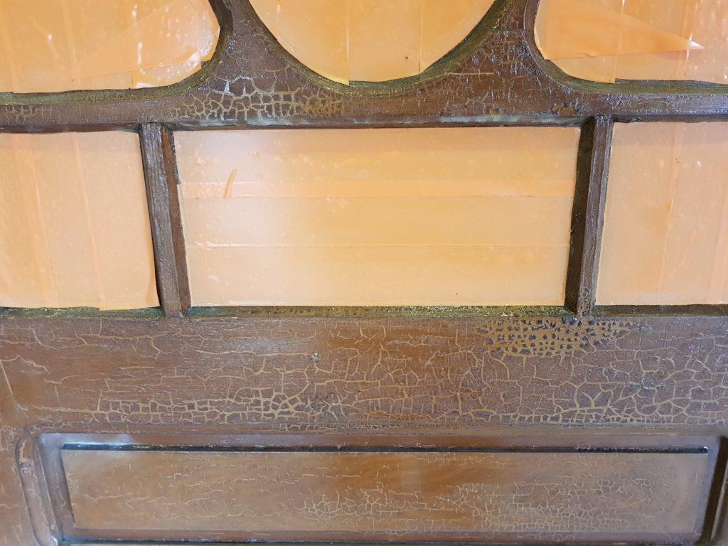 Oude grenen deur
